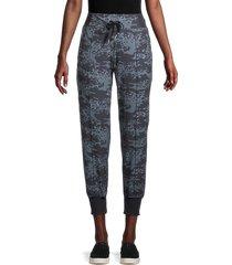 calvin klein women's camo-print joggers - blue multi - size xl