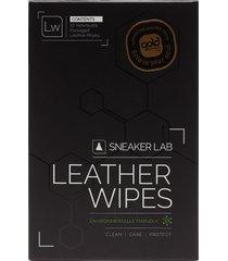 lw-leather wipes skovård svart sneaker lab