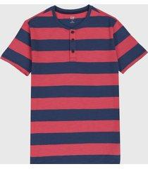 camiseta azul-rojo gap