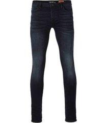 cars blue black jeans dust