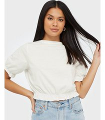 nly trend crop frill tee t-shirts