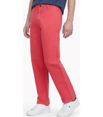 tommy hilfiger men's heritage solid flat-front chino red magic - 33/32