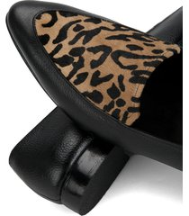 mocasines de piel color negro- estampado tigrillo