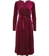 lizzie dress boozt jurk knielengte rood minus