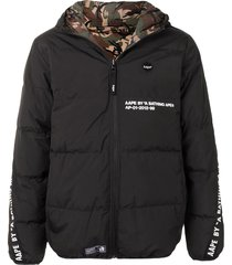 aape by *a bathing ape® logo-print reversible padded jacket - black