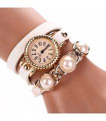 orologio al quarzo impermeabile alla moda con cinturino in pelle a tre strati