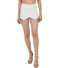 falda short blanco mítica