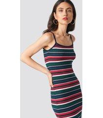 na-kd trend striped dress - green