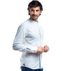 camisa blanca para hombre cuello mao y solapa frontal botón invisible.