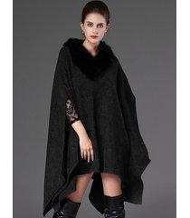 cappotto mantello con collo scialle in pelliccia sintetica