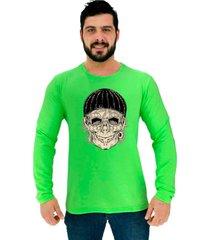 camiseta manga longa moletinho alto conceito caveira espantalho touca verde neon - verde - masculino - algodã£o - dafiti