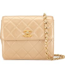 chanel pre-owned 1992 diamond quilted crossbody bag - gold