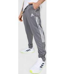 pantalón gris-blanco adidas performance tiro 21