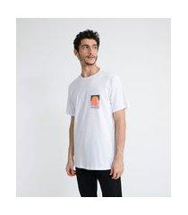 camiseta manga curta em algodão estampa localizada pôr do sol | ripping | branco | gg