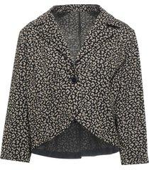 eleonora amadei suit jackets