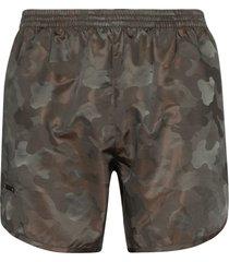 true tribe wild steve camouflage print swim shorts - green