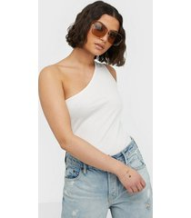 nly trend one shoulder top linnen