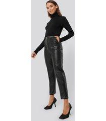 erica kvam x na-kd faux leather front seam pants - black