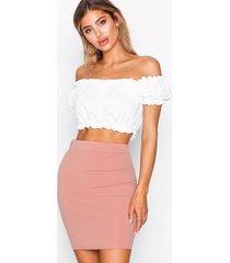 karla nynne skirt lång kjol rosa becksöndergaard