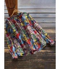camicetta con stampa a maniche lunghe con colletto alla coreana e bottoni astratti