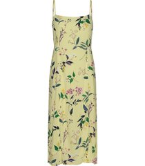 ecovero™ square-neck midi dress knälång klänning gul banana republic