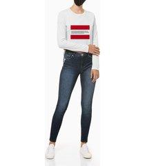 blusa feminina manga slim longa estampa established 1978 branca calvin klein jeans - pp