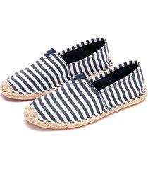zapatos planos a rayas de moda azul oscuro patrón