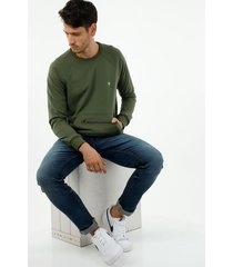 buzo de hombre, silueta confort clásica, color verde