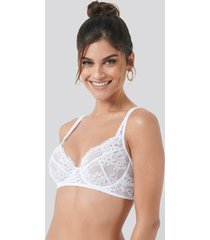 na-kd lingerie flower lace cup bra - white