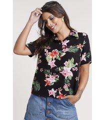 camisa feminina ampla estampada floral manga curta preta