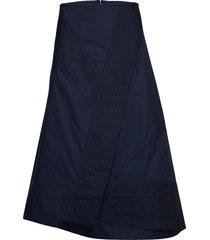elika knälång kjol blå by malene birger
