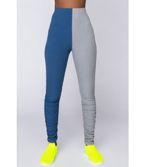 akira sexy meets comfy stacked legging