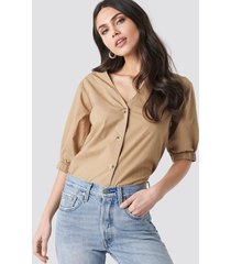 na-kd trend button short sleeve blouse - beige