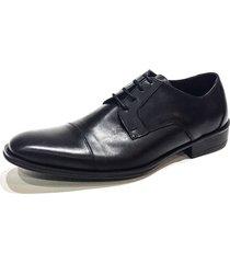 zapato negro prototype fig tree