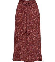 paula-sk knälång kjol röd free/quent