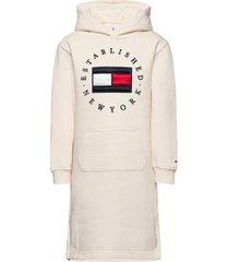 heritage logo hoodie dress l/s jurk wit tommy hilfiger