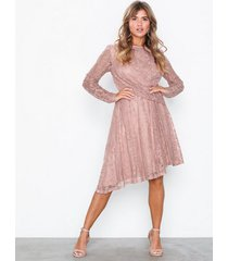 nly eve draped lace dress loose fit