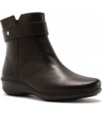 botin leather samay negro hush puppies