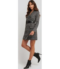 na-kd classic plaid double breasted blazer dress - grey