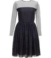 sukienka koronkowa z tiulową górą