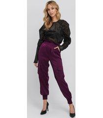 na-kd trend shirred hem cargo pants - purple