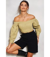 denim off shoulder puff sleeve crop top, olive