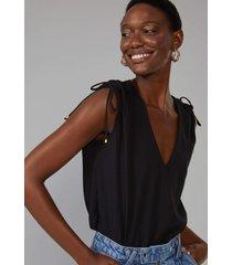 regata amaro decote v ombro franzido preto - preto - feminino - dafiti