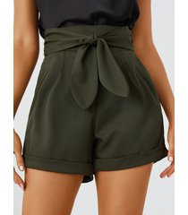 pantalones cortos yoins verde militar con bolsillo lateral con lazo diseño