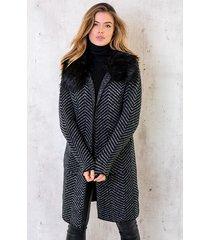 faux fur zigzag vest zwart wit