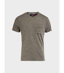 camiseta diseño bicolor para hombre 09171