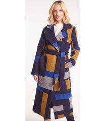 długi płaszcz z wełny