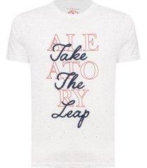 camiseta aleatory estampada leap masculina