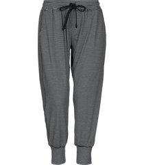 a fine line casual pants