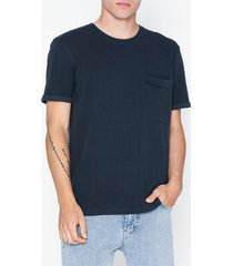 selected homme slhper ss o-neck tee b t-shirts & linnen mörk blå